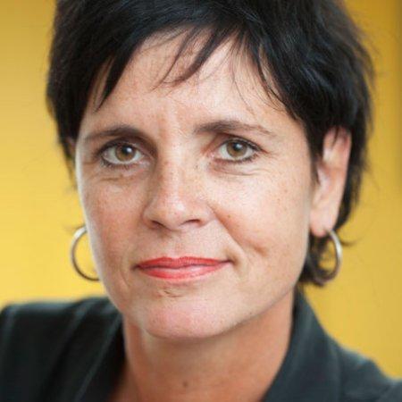 Yvonne Muris